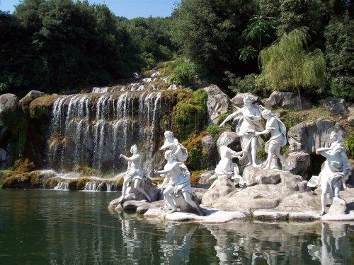 Sudalia reggia di caserta e real seterie - Giardini reggia di caserta ...